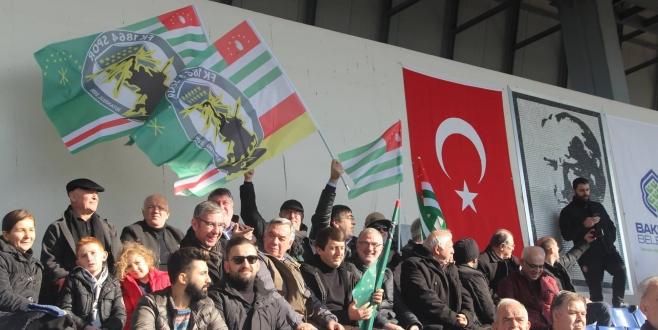 """""""Bizim Takım"""" FK 1864 Sahaya İndi."""