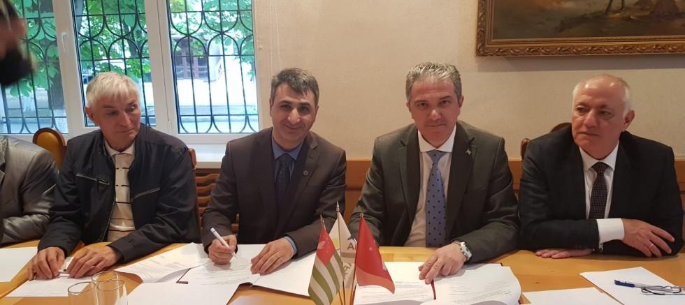 Kuzey Kafkasya ziyaretleri tamamlayan Abhaz Dernekleri Federasyonu Heyeti Türkiye ye döndü.